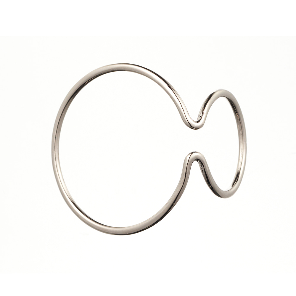 [Due] White Ear cuff